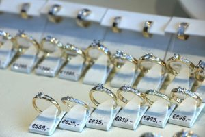diamond prices up and down